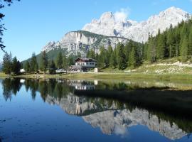 Albergo Chalet Lago Antorno
