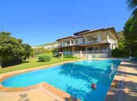 Bodrum Gulluk 3 Bedroom Holiday Homes