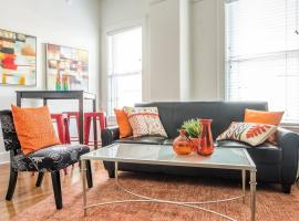 AWESOME RIVERWALK 2BR APT - CLOSE TO EVERYTHING!