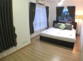 Junior house & Apartment
