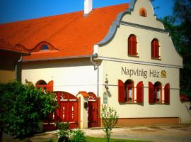 Napvirág-Ház, Zsira (рядом с городом Szakony)