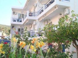 Akrogiali Hotel, Skala