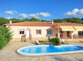 Montbarbat Villa Sleeps 6 Pool WiFi