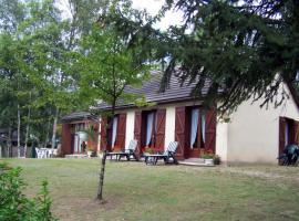 Cours-de-Pile Villa Sleeps 6