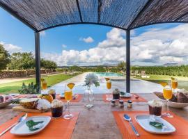 Sant Llorenc des Cardassar Villa Sleeps 12 Pool