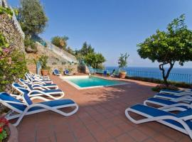 Conca dei Marini Villa Sleeps 12 Pool Air Con WiFi