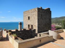 Orbetello Villa Sleeps 10 WiFi