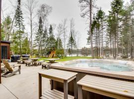 Whispering Pines Lodge: 11 Bedroom