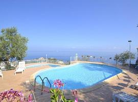 Sant'Agata sui Due Golfi Villa Sleeps 2 Pool