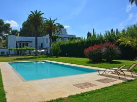 Lequile Villa Sleeps 9 Pool Air Con WiFi