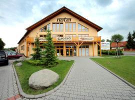 Hotel S-centrum, Benešov (Líšno yakınında)