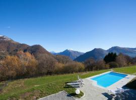 San Fedele Superiore Villa Sleeps 16 Pool