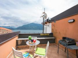 Pianello del Lario Villa Sleeps 11