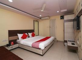 OYO 22538 Hotel Palak