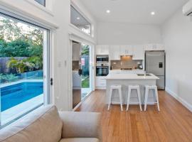 1 Bedroom Sydney Beach Studio