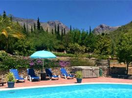 The best available hotels & places to stay near Espino, Spain