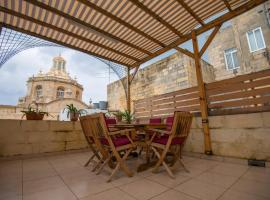 Huge Townhouse in The City Centre of Valletta