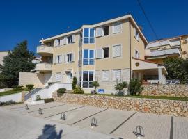 Apartments Luaniva