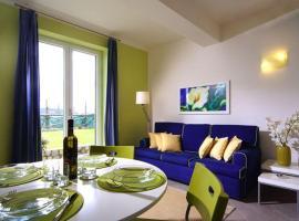 Torca Apartment Sleeps 4 Pool Air Con WiFi T227219