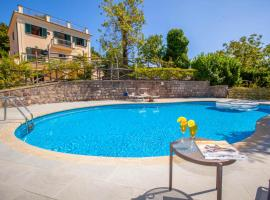 Sant'Agata sui Due Golfi Villa Sleeps 12 Pool WiFi