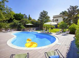 Sant'Agata sui Due Golfi Villa Sleeps 9 Pool WiFi
