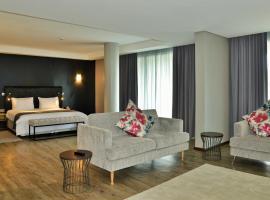 EPIC Hotel & Suites