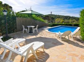 Montbarbat Villa Sleeps 8 Pool WiFi
