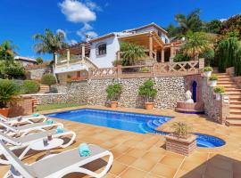 Frigiliana Villa Sleeps 6 Pool Air Con WiFi
