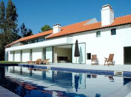 Sesimbra Villa Sleeps 16 Pool WiFi