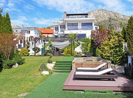 Mariavolgy Villa Sleeps 12 Pool Air Con WiFi
