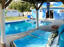 5 Beds Pool House 15 Min To The Beach