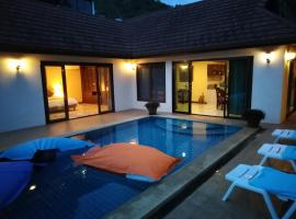 Spacious ocean view pool villa