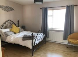 Comfortable House in Warwick