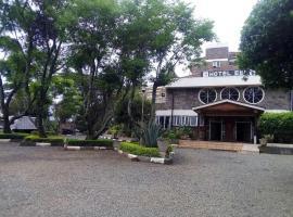 Eel Hotel