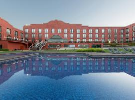 Hotel Barcelona Golf Resort & Spa, Сан-Эстеве-Сесровирес (рядом с городом Sant Salvador)