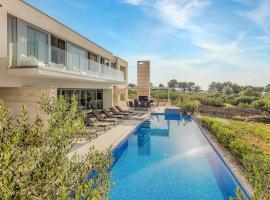 Splitska Villa Sleeps 8 Air Con WiFi