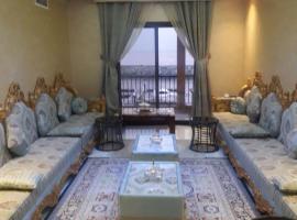 Mina Al Fajer Apartment