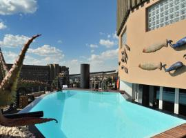 Protea Hotel by Marriott Johannesburg Parktonian All-Suite