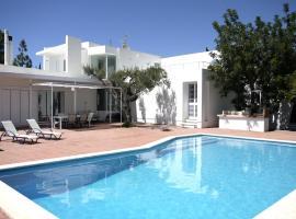Can Furnet Villa Sleeps 8 Pool Air Con WiFi