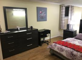 Self check in spacious apartment in Orleans, ON