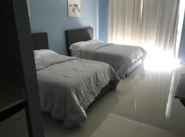 Luxury Apartment at Aquarius Beach Resort -Apt 2