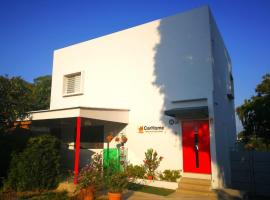 537 Boulevard Camino Real