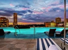 The Ritz-Carlton Residences, Waikiki Beach Hotel