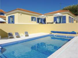 Three-Bedroom Holiday Home in Obidos