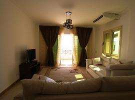 Luxury 2 bedrooms apartment with private beach. Апартаменты с 2 спальнями с собственным пляжем.