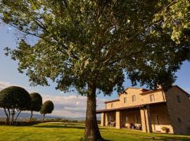 Battifolle-Ruscello-Poggiola Villa Sleeps 8 Pool