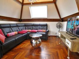 Delft Apartment Sleeps 4 WiFi T392613