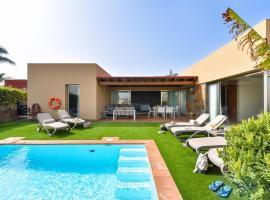 Salobre Villa with Pool Par 4 nr 9