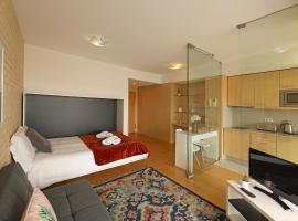 Feels Like Home Porto Modern Studio with Balcony