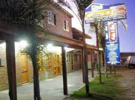 Apart Hotel Matias y Hnos, Termas de Río Hondo (Pérez de Zurita yakınında)